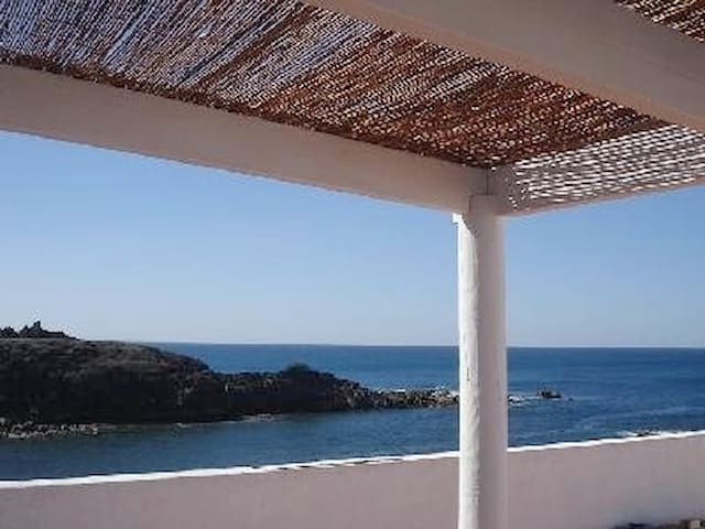 Seefront apartment, free wifi - El Cotillo - 公寓