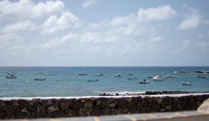 Ayfa Apartment - Frente al mar