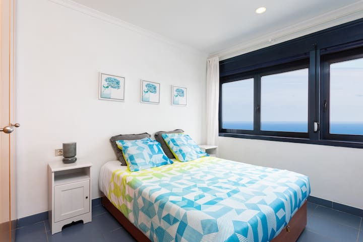 """Ventana del Roque"" apartamento frente al océano"