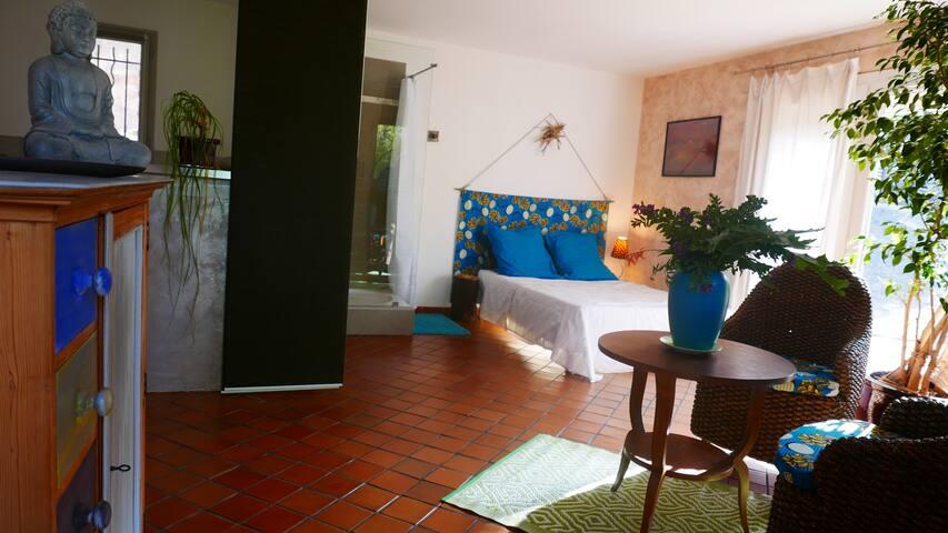 studio indépendant dans villa à 500m de la mer - Сис-Фур-Ле-Пляж