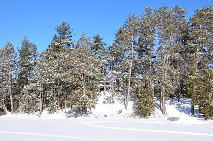Lake Temagami Wilderness Retreat