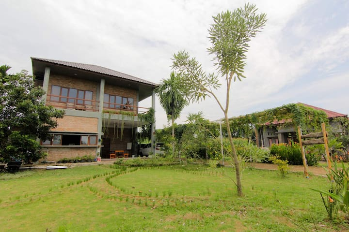 2x Mixed Dormitory with tranquility - Medan