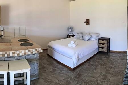 Swartheuwel (Apartment 5)