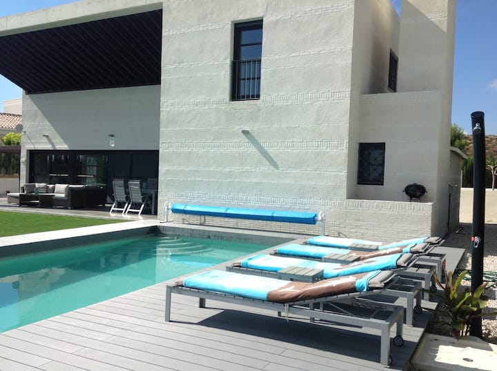 8 pers villa with private heated pool Murcia area