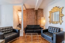 Treasure Trove! 2br all-floor suite in The Village