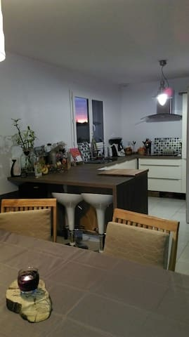 Chambre  calme proche st émilion BX - Faleyras, Aquitaine-Limousin-Poitou-Charentes, FR - Huis