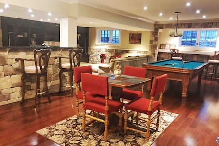 Luxurious 2BD suite❤️Stampede/Downtown/BMO/River❤️