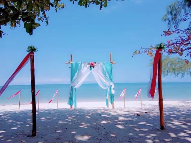 Bintan Brzee Beach in Bintan Island -  Bungalow 1