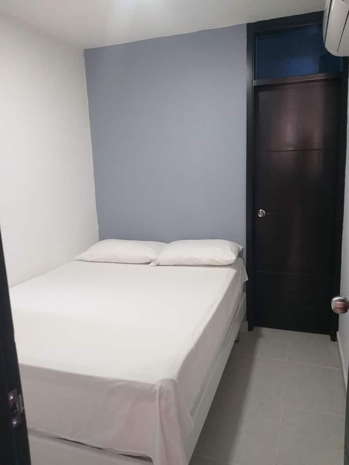 Habitación segura, tranquila y cómoda.