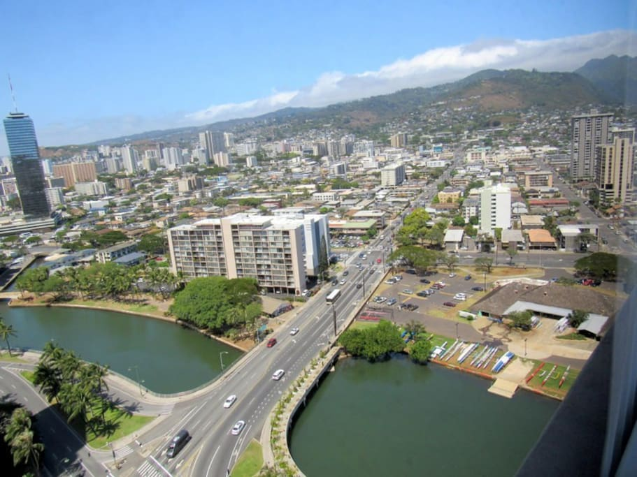 Beautiful view of the Ala Wai Canal and mountains