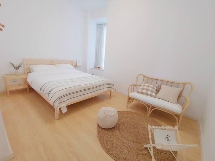 朴房「木吉ROM3」合租|超近地铁口|五室一厅两卫|带暖气|乳胶床|大客厅|采光好|独立设计师