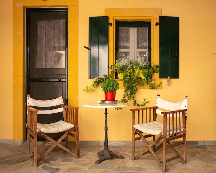 Παραδοσιακή κατοικία 1