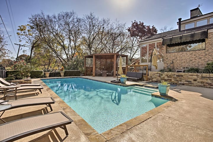 Richardson Home w/Golf Course Views, Pool, Hot Tub