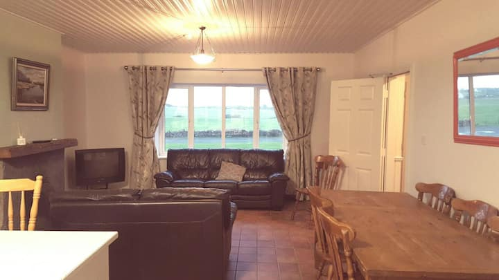 4 bedroom suite in centre of Doolin village.