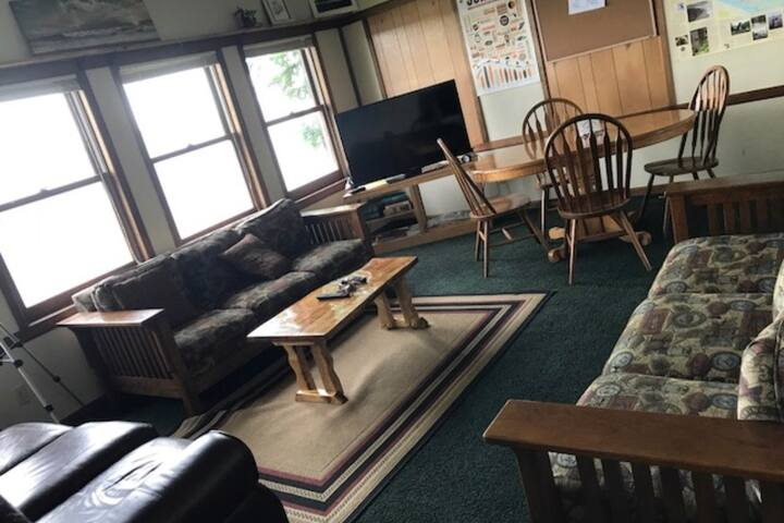 3 Bedroom Apt. 2nd story