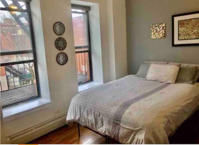 Charming Bedroom in Harlem