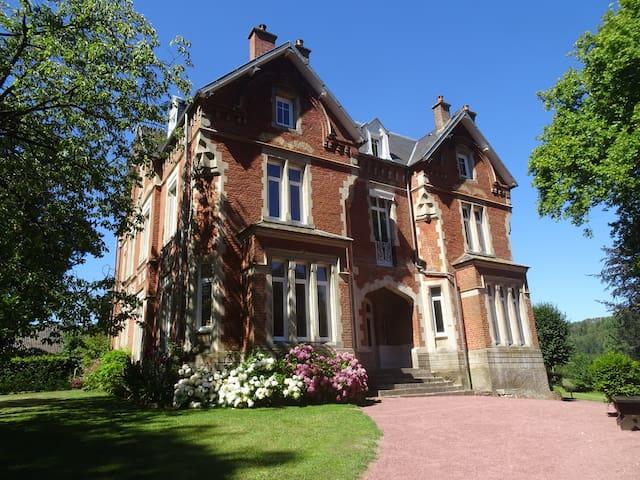 Côte d'Opale Château standing 11 chambres  25 Pers
