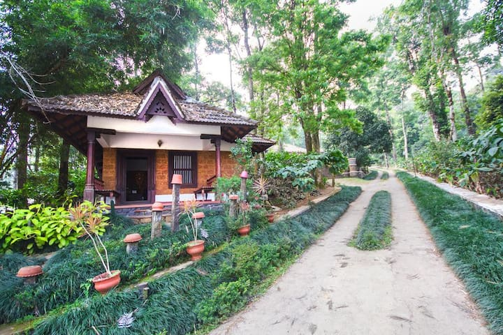 Midst of Lush Greenery Cottage Stay