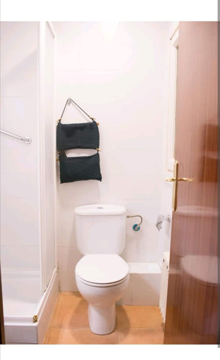 NEW renovated, big double room! Center BARCELONA