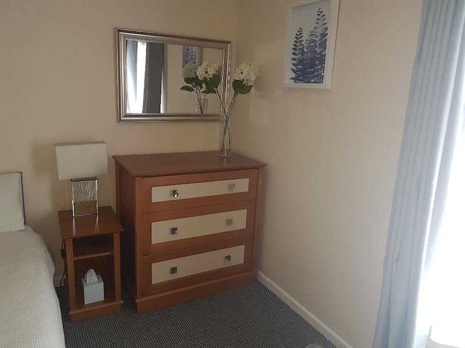 RM2.1 Chest of Drawers