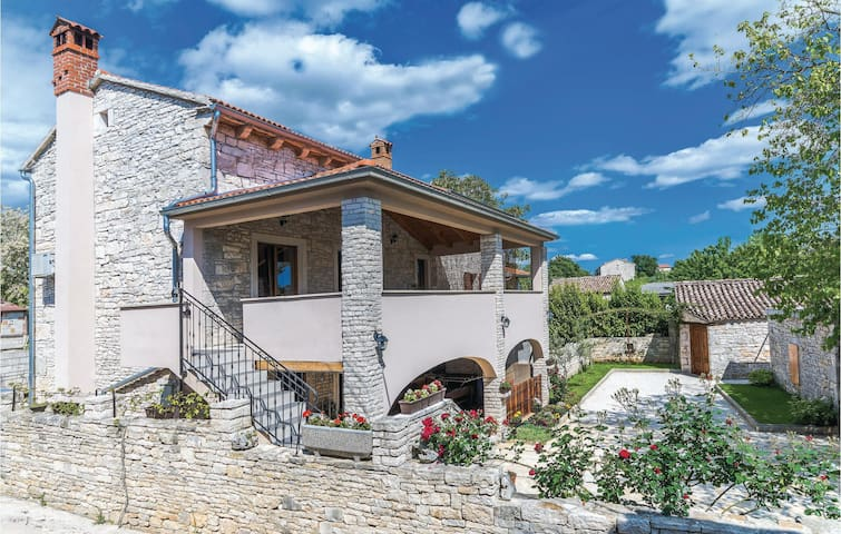 Terraced villa for 6 persons