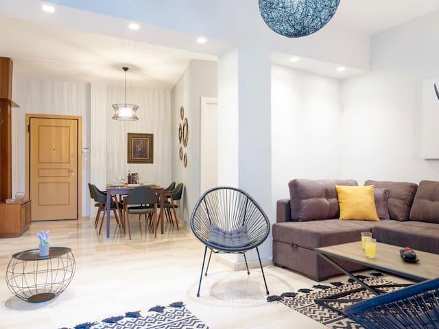 Luxury Apartment Marine