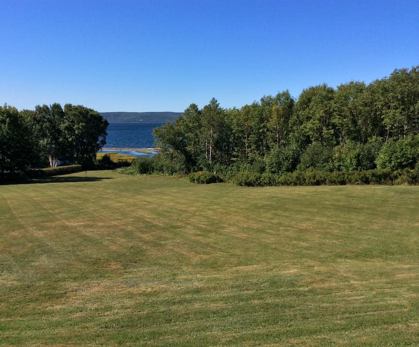 Large lawn with view of the Bras d'Or Lake