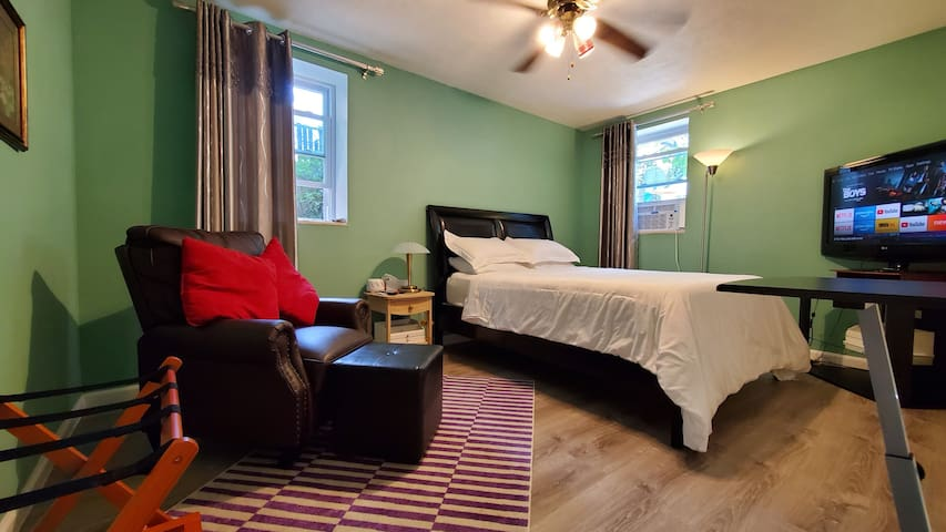 Clean Entire Place with AC, Laundry & Self-service