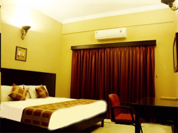 Great deal room in Banjara Hills Hyderabad