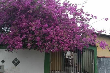 Casa espaçosa em Itanhaem, ideal para familias