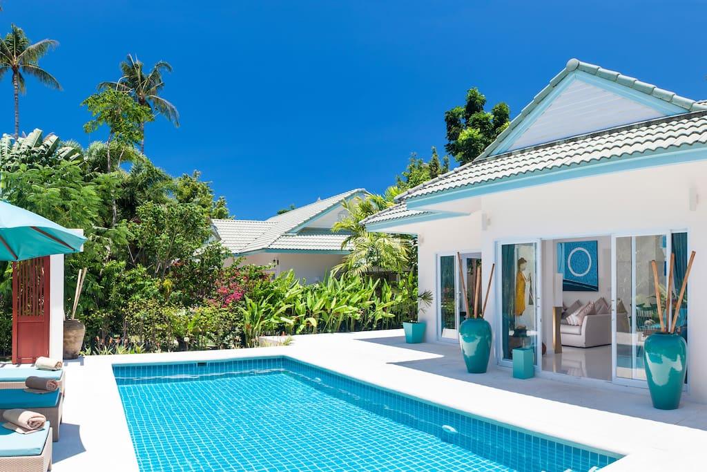 Khwam Rak 3 Bedroomed Luxury Beach Villa