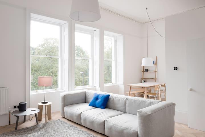 Modern Georgian Apartment