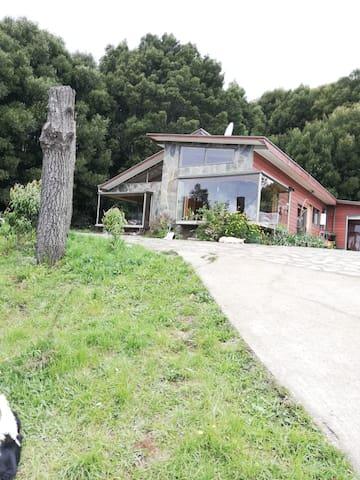 Casa para 12 en parcela con vista a Valdivia-Chile