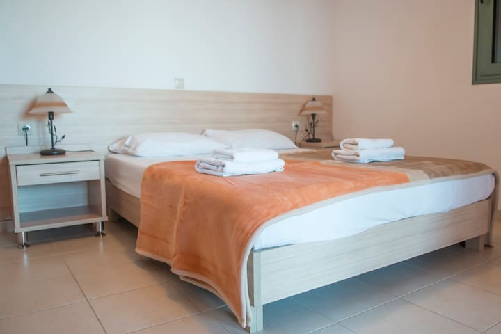 seperate sleeping room with double bed and view to the sea !