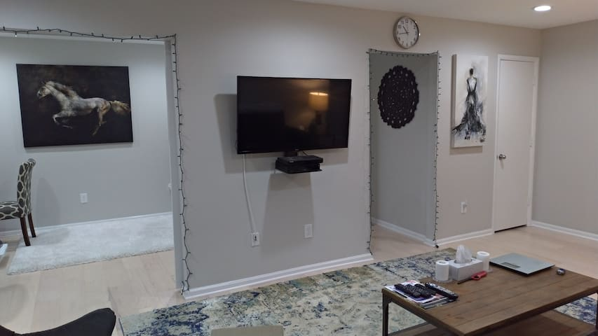 Clean and Sanitized Cornwall Condominium