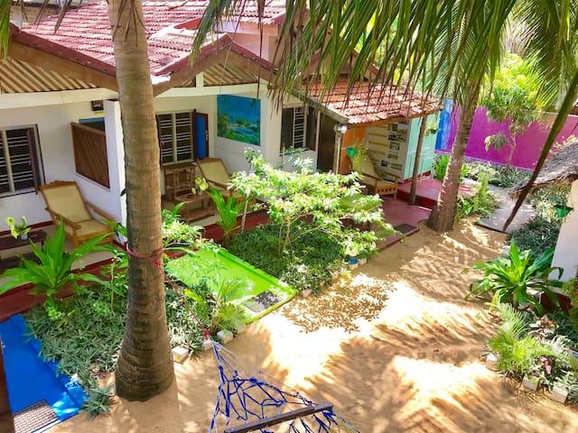 Star Rest Beach Hotel Arugambay