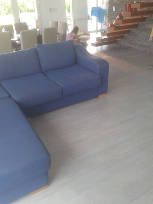 sofa muy comodo