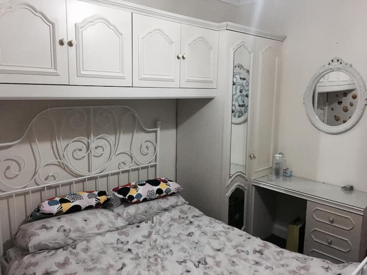 Luxurious Cheap Property   5-10 min from Town