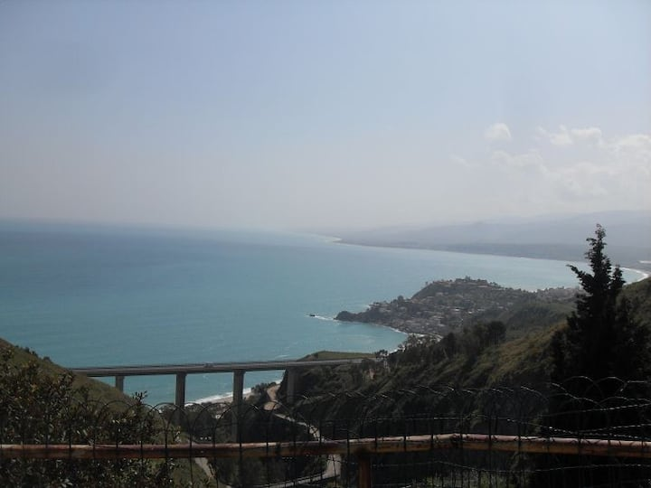 Casa autonoma con splendida vista panoramica