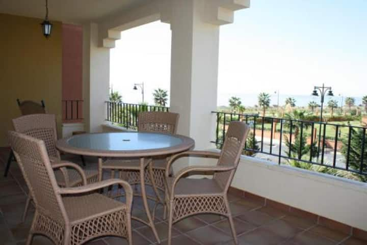 Isla Canela  family 2 bedrooms apartment front line beach
