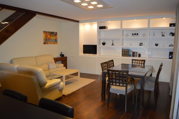 Duplex 80 m2 entièrement rénové