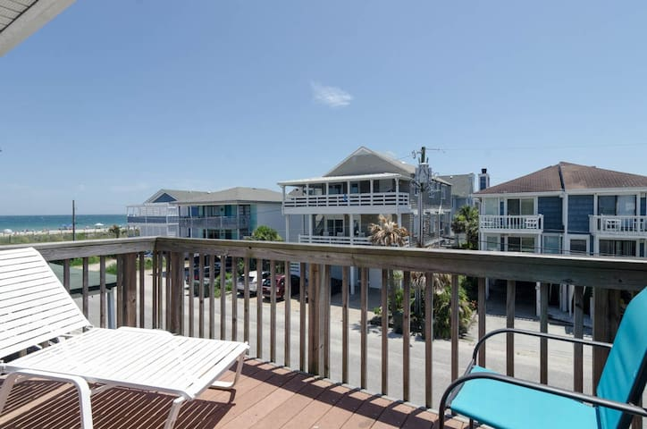 Ramsey (East Unit)-Relax and unwind at this popular oceanside townhouse