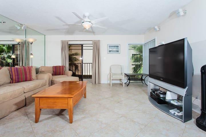 Beachcomber #301 - Jacksonville Beach - Condominium