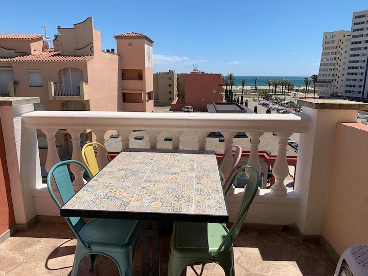 Bel appartement vue sur mer, emplacement idéal