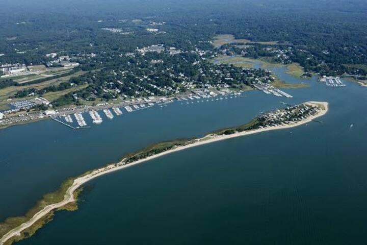 Beach Cottage-Cedar Island, CLinton, CT
