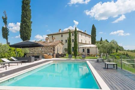 Villa in Tuscan hills - Celle Sul Rigo - Σπίτι
