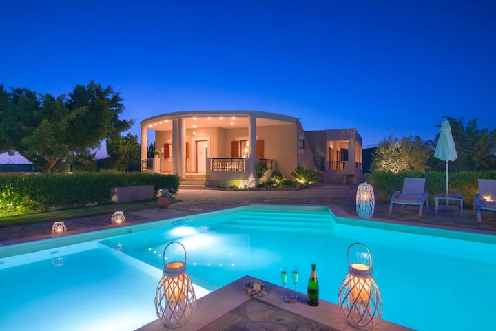 Villa Relaxo - Cretan hospitality at its best!