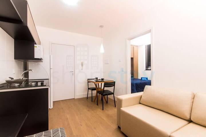 Apartamento em localização nobre 1quarto - Silva Jardim - Daire