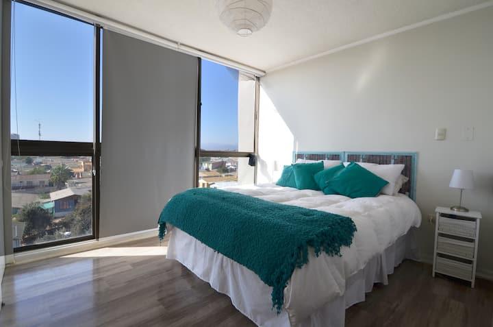 Amplio loft-duplex cerca de playa