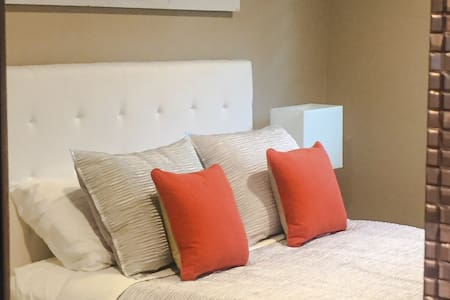Spacious Private Luxurious Suite - Long Beach - Ház